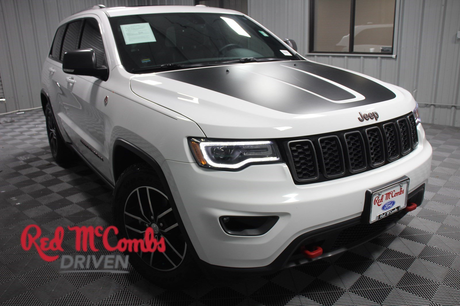Pre Owned 2018 Jeep Grand Cherokee Trailhawk
