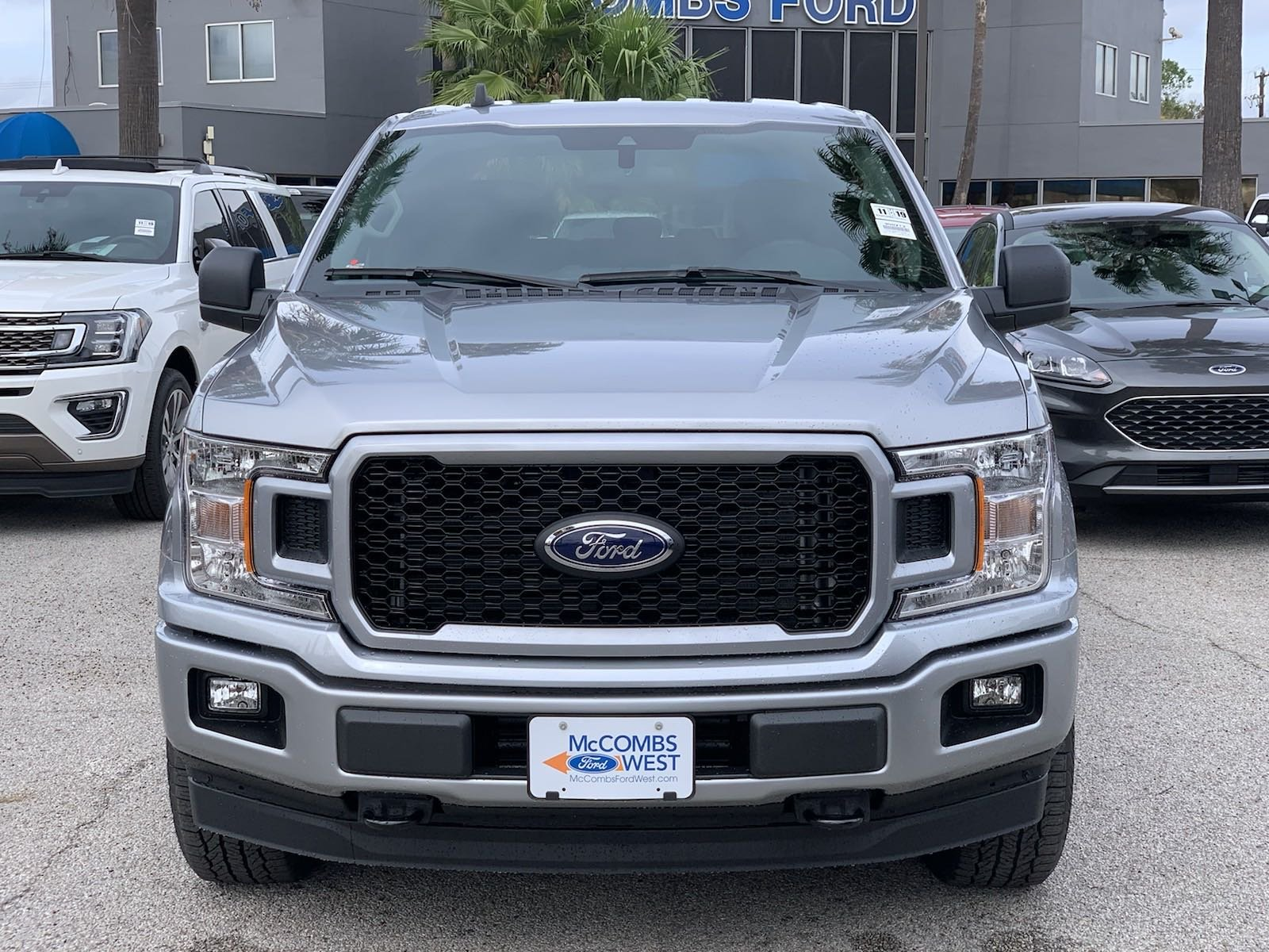 New 2020 Ford F-150 STX