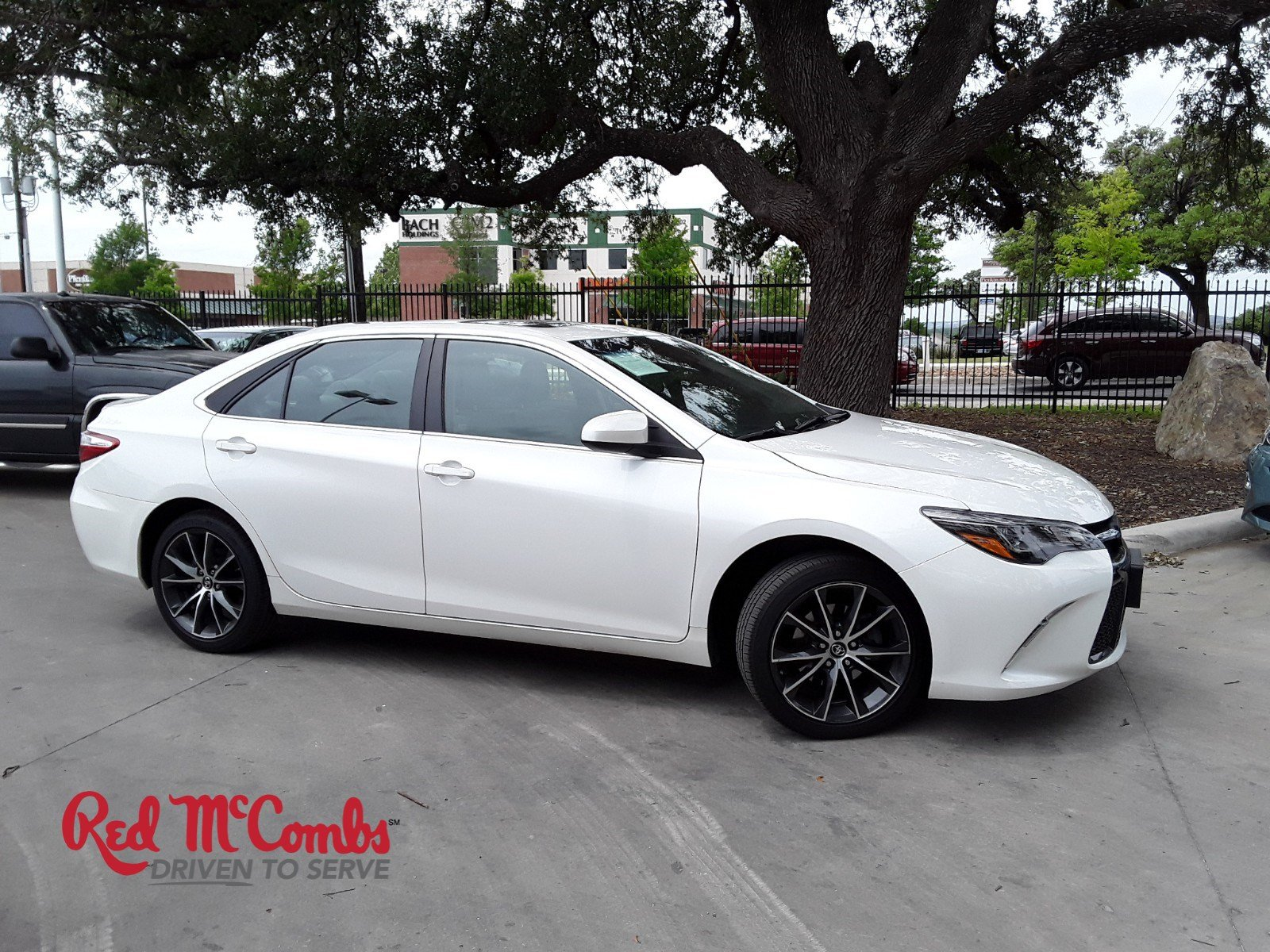 Pre Owned 2017 Toyota Camry Xse V6