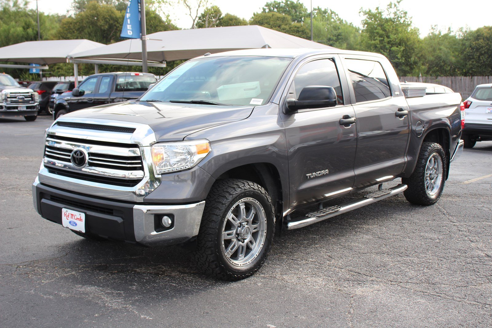 Certified Pre-Owned 2017 Toyota Tundra 2WD SR5