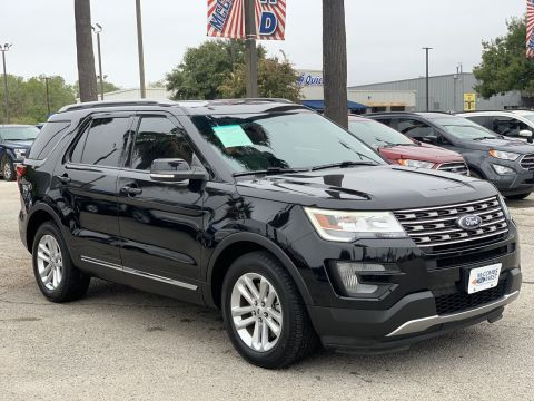 Certified Pre-Owned 2016 Ford Explorer XLT